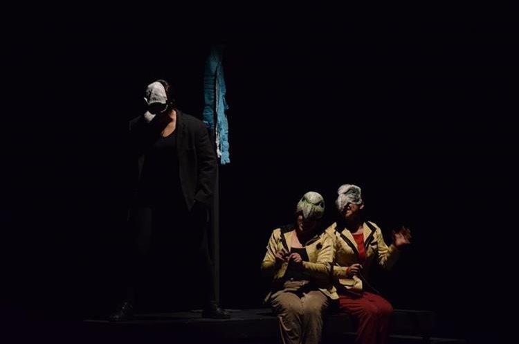 La obra de El Señor Presidente estuvo basada en la adaptación que Hugo Carrillo hizo de la novela de Miguel Ángel Asturias.