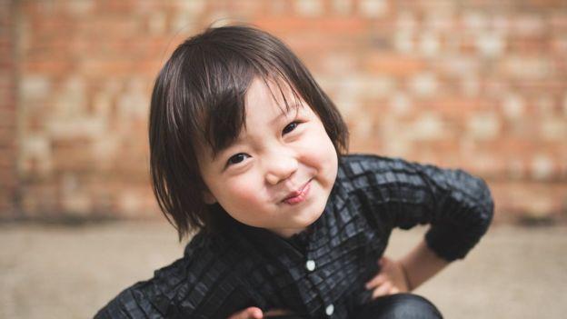 Yasin espera cambiar con su proyecto ciertos valores de padres y niños a la hora de comprarse ropa (RYAN MARIO YASIN).
