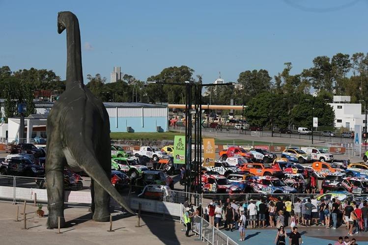Todo está listo para que arranque el Rally Dakar en el sur de América. (Foto Prensa Libre: AP)