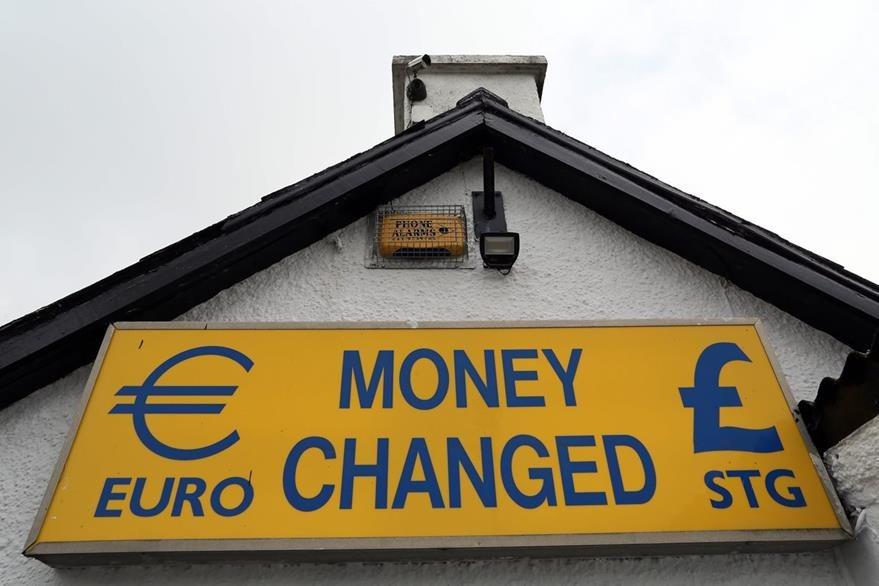Inglaterra pertenece a la Unión Europea pero no usa el euro como moneda (AFP)