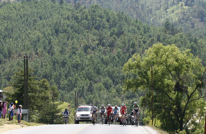 Los paisajes y el apoyo de los aficionados serán los grandes ausentes en el recorrido hacia Cobán. (Foto Prensa Libre: Hemeroteca PL)