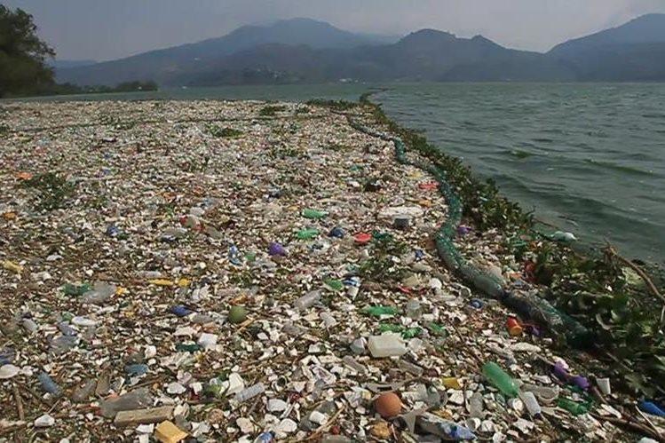 La colocación de 100 bardas son algunos de los proyectos que resalta el ministro de Ambiente, Alfonso Alonzo, durante su gestión. (Foto Prensa Libre: Hemeroteca PL)