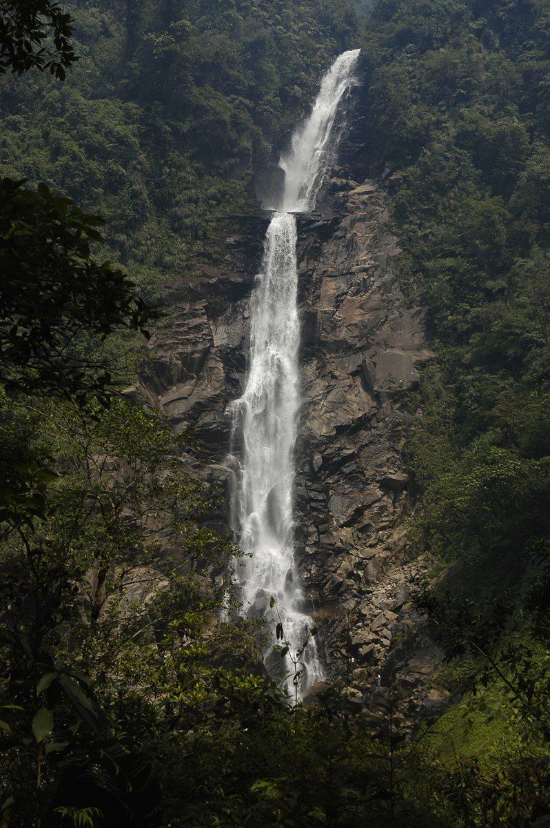 El Salto de Chilascó, una de las cataratas más altas de Centroamérica.  (Foto HemerotecaPL)
