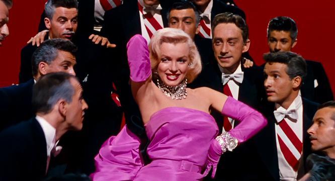 El vestido de Monroe que uso en Gentlemen prefer blondes. (Foto Prensa Libre: Hemeroteca PL).
