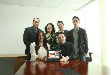 Integrantes de la empresa Digital Partners y la fundación Ruta Maya,   desarrollaron el videojuego.