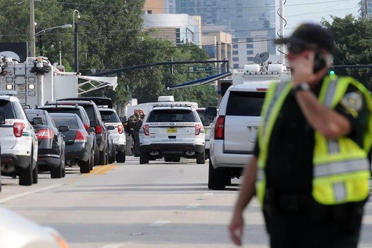 La masacre en un bar de Orlando, EE. UU., es uno de los más mortales de ese país en los últimos años. (Foto Prensa Libre: AP)