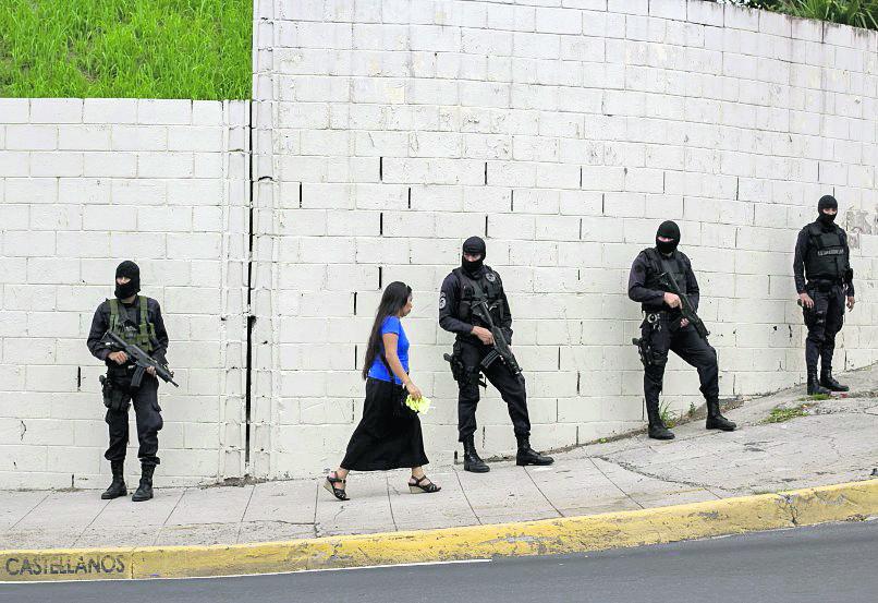 Habitantes de El Salvador viven entre el miedo y la zozobra por causa de las pandillas. (Foto Hemeroteca PL).