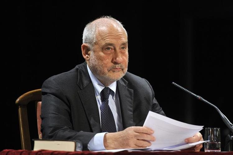 El premio Nobel de Economía Joseph Stiglitz renunció a la comisión que impulsó el presidente panameño Juan Carlos Varela. (Foto: Internet)