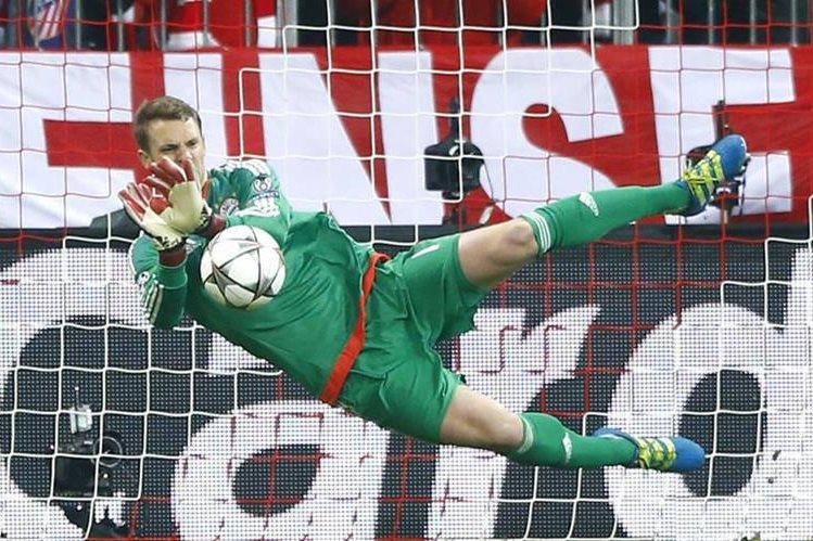 Manuel Neuer no podrá disputar los próximos dos duelos de Bundesliga con el Bayern Múnich. (Foto Prensa Libre: AP)