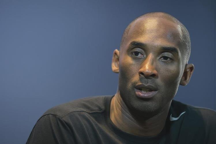 Kobe Bryant podría retirarse en un futuro no muy lejano. (Foto Prensa Libre: AFP)