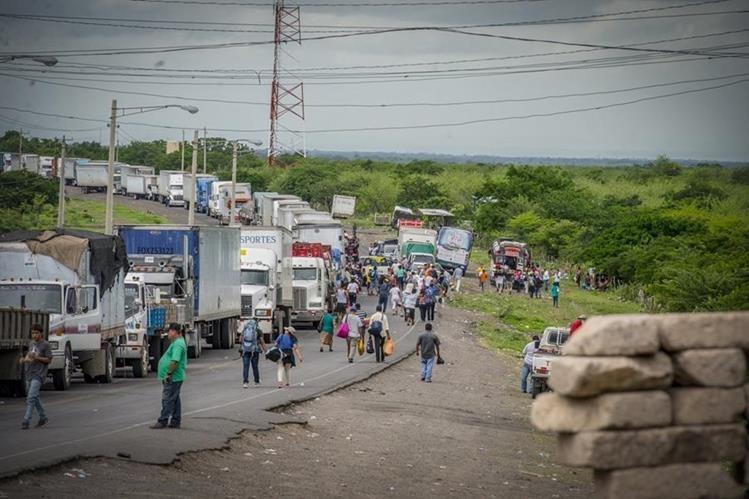 Resultado de imagen para crisis nicaragua presas camiones