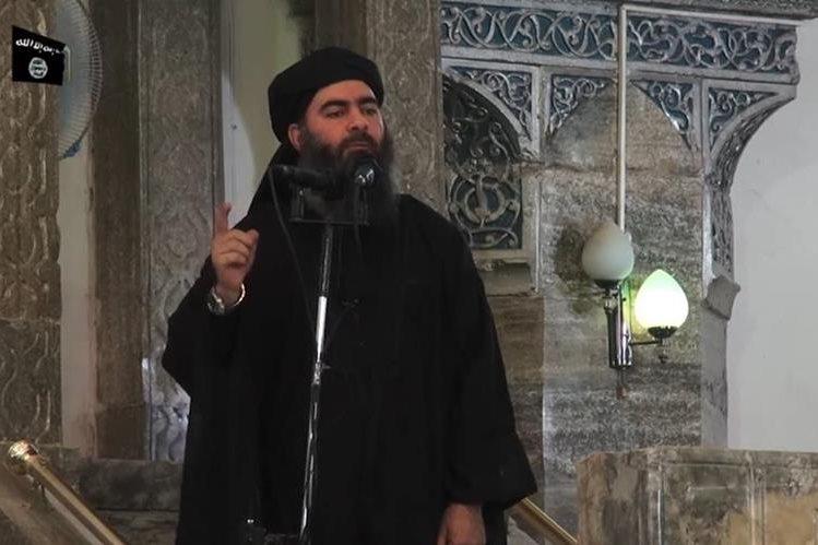 Al Bagdadi, líder del EI, cedió ante la ofensiva contra el extremismo. (Foto Prensa Libre: AFP)