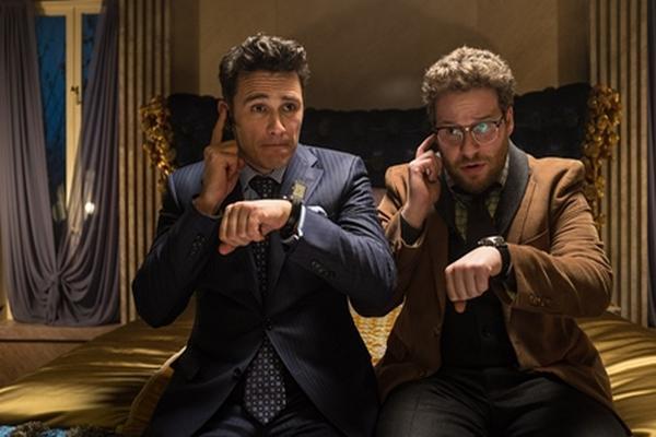 <p>Escena de la película The Interview protagonizada porSeth Rogen y James Franco. (Foto Prensa Libre: AP)</p>