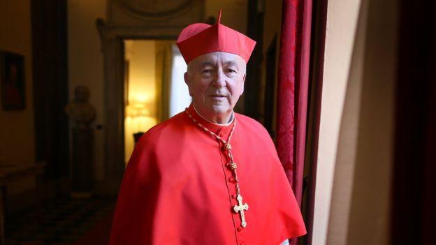 El cardenal Vincent Nichols dijo que el actuar de las agencias de adopción reflejaba costumbres de la época. GETTY IMAGES
