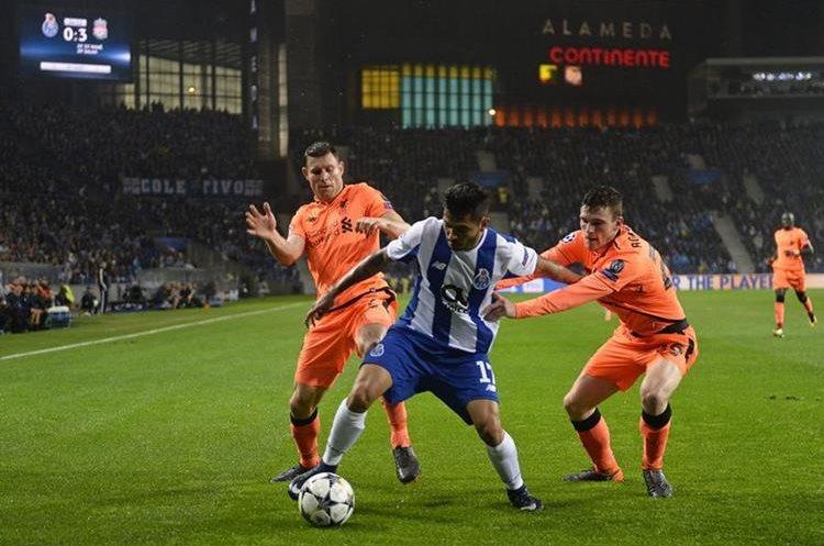 Liverpool hace fiesta de goles en Porto, con triplete de Mané