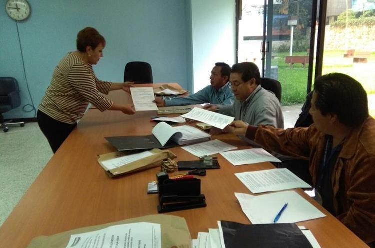 Dos empresas presentaron ofertas para la instalación y puesta en funcionamiento de 13 elevadores en el Hospital General San Juan de Dios. (Foto Prensa Libre: Comunicación del Hospital)