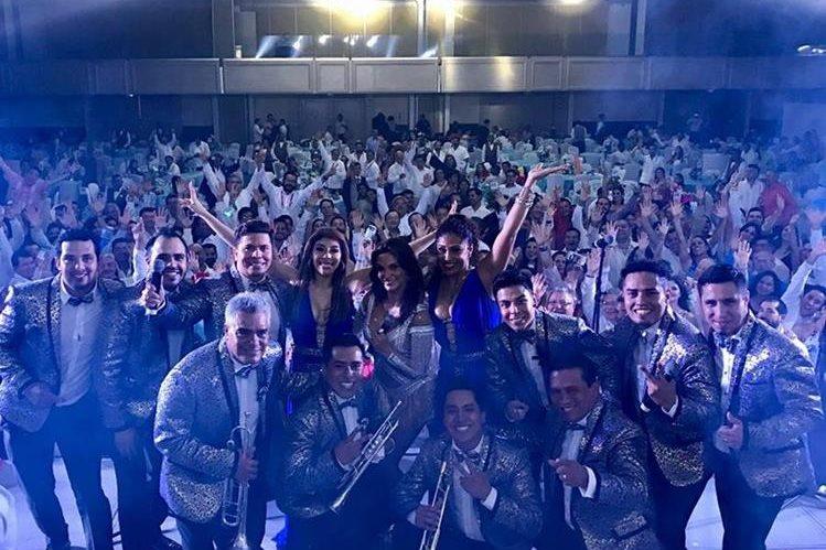 Los miembros de Sonora Dinamita tenían programado un concierto para este sábado en Monterrey. (Foto Prensa Libre: Facebook)