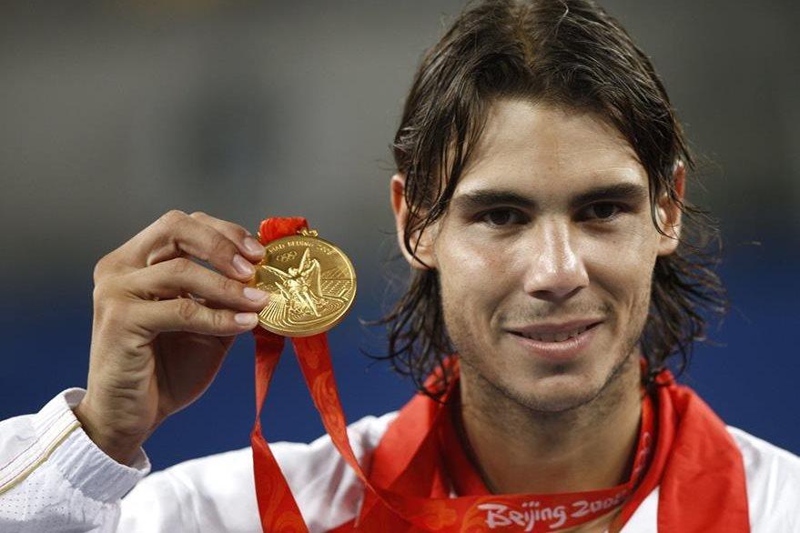 El tenista español Rafael Nadal ganó medalla de oro en los Juegos Olímpicos de Pekín 2008. (Foto: AFP)