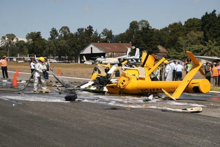 En el helicóptero accidentado ayer en el aeropuerto La Aurora, la policía encontró droga. (Foto Prensa Libre: Hemeroteca PL)