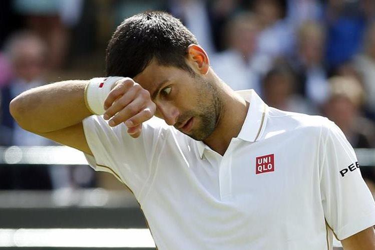 El serbio Novak Djokovic cerró el año como el número 2 del ranquin mundial, detrás del británico Andy Murray. (Foto Prensa Libre: Hemeroteca)