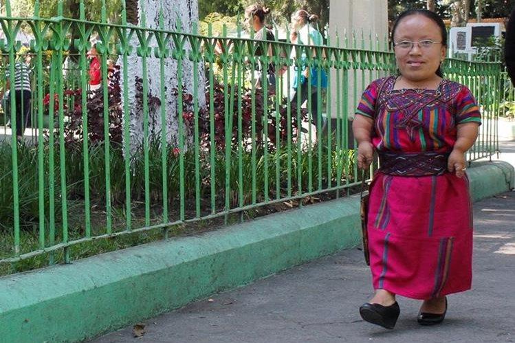 María Camey Guerra se muestra optimista en todo momento. (Foto Prensa Libre: Víctor Chamalé)