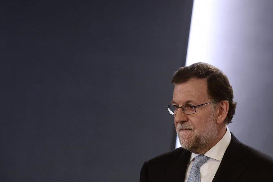 Las posibilidades para gobernar de nuevo España se esfuman para el aún jefe del gobierno Mariano Rajoy. (Foto Prensa Libre: AFP).