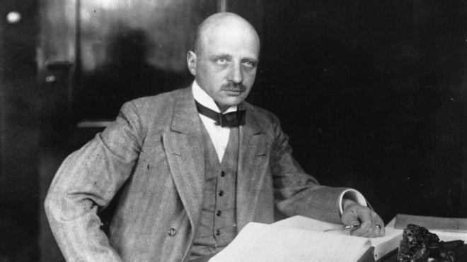 Fritz Haber obtuvo un lucrativo contrato de la compañía química BASF para desarrollar su proceso de conversión del nitrógeno del aire. GETTY IMAGES