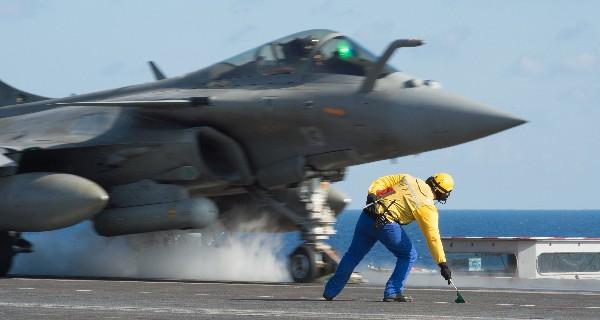 Francia ha intensificado sus ataques aéreos en Siria.