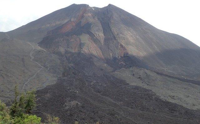 Volcán Pacaya: mide 2 mil 250 metros sobre el nivel del mar y se asciende en 1.30 horas (Foto Prensa Libre: K´ASHEM)