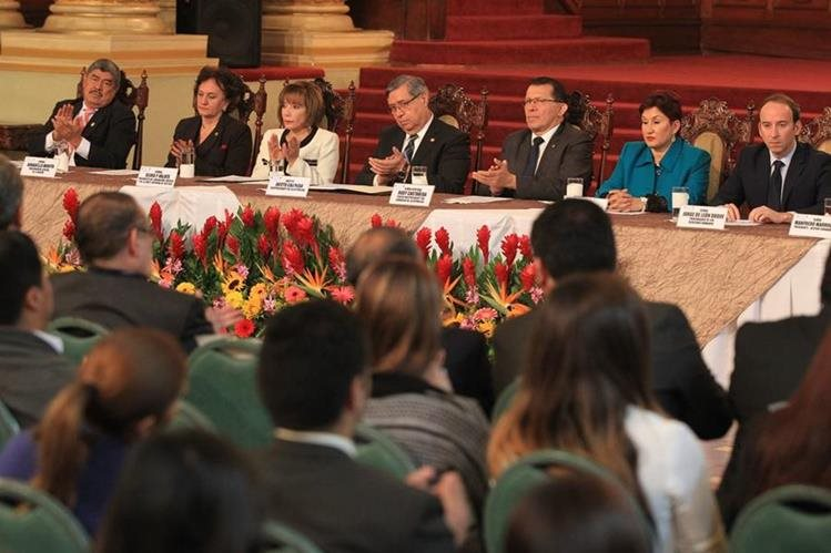 El 8 de noviembre del 2016, en el Palacio Nacional de la Cultura, fue la última vez que se reunió la Alianza. (Foto Prensa Libre: Esbin Garcia)