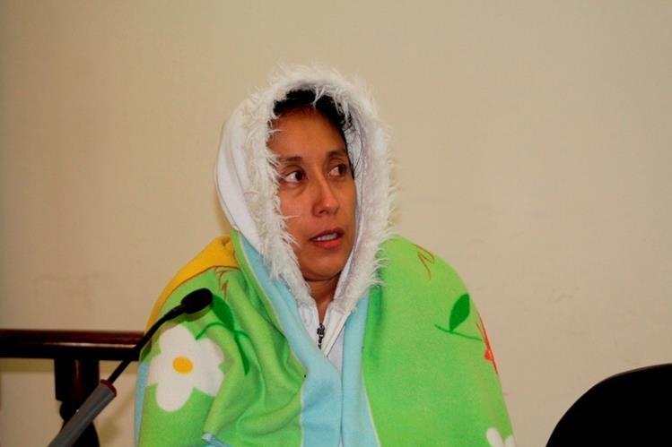 Lilia Geraldina Barrillas es sindicada de extorsión en Quetzaltenango. (Foto Prensa Libre: María José Longo).