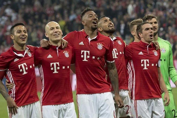 El Bayern tiene la dura misión de eliminar al Real Madrid en Champions. (Foto Prensa Libre: AFP)