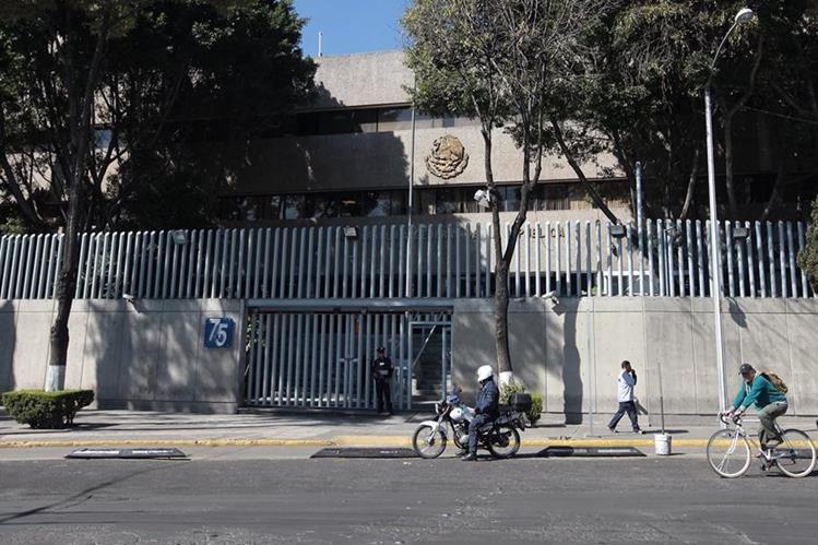 Instalaciones de la Procuraduría General de la República, en Ciudad de México, donde se investiga a la actriz Kate del Castillo. (Foto Prensa Libre: EFE).