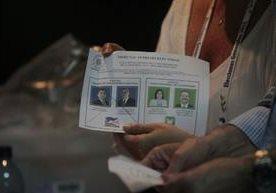 Los centros de votación cerraron a las 18:00 horas y en poco tiempo se conocerán resultados.