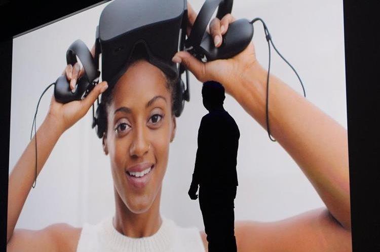 El Oculus, una plataforma de realidad virtual, es una de las principales apuestas de Facebook (Foto Prensa Libre: AFP).