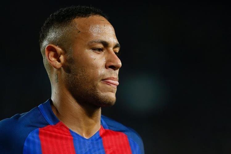 Neymar deberá pagar los servicios prestados por el médico Herbert Kramer. (Foto Prensa Libre: AFP).