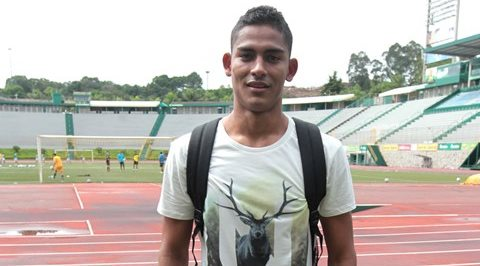Fredy Pérez tras el entrenamiento de esta mañana en el estadio Cementos Progreso (Foto Prensa Libre: Norvin Mendoza)
