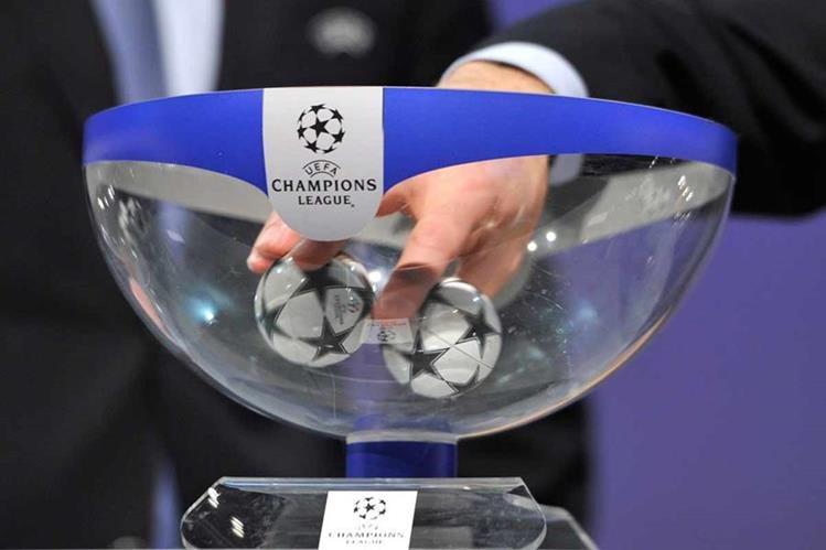 Este jueves se realizará el sorteo de la fase de grupos de la Liga de Campeones de Europa alas 10 de la mañana en horario de Guatemala. (Foto Prensa Libre: Hemeroteca)
