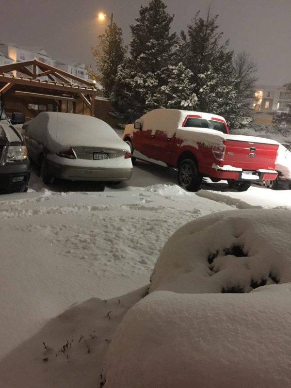 Vehículos cubiertos de nieve en Virgnia, EE. UU. (Foto cortesía: Eri Casasola).