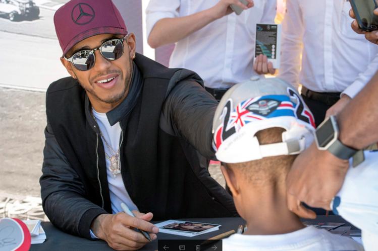 El piloto británico Lewis Hamilton espera lograr mejores resultados en el Gran Premio de Canadá. (Foto Prensa Libre: AP)