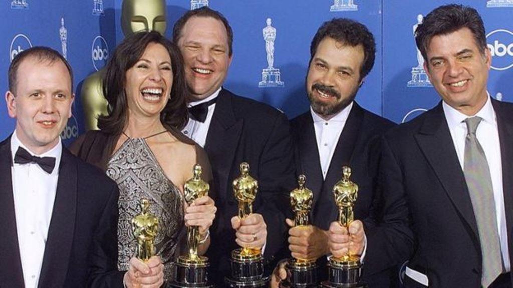 """""""Shakespeare enamorado"""" se llevó contra pronóstico el Oscar a la mejor película. (GETTY IMAGES)"""