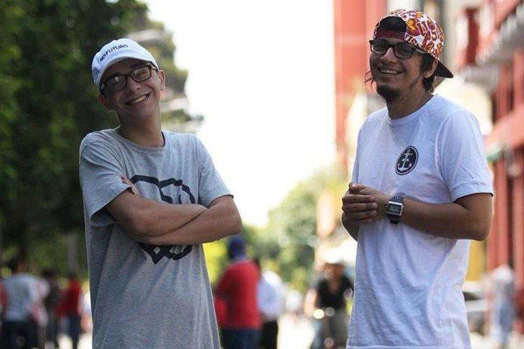 Kontra ha cautivado en la escena artística con sus letras y Zaki con su estilo. (Foto Prensa Libre: Keneth Cruz)
