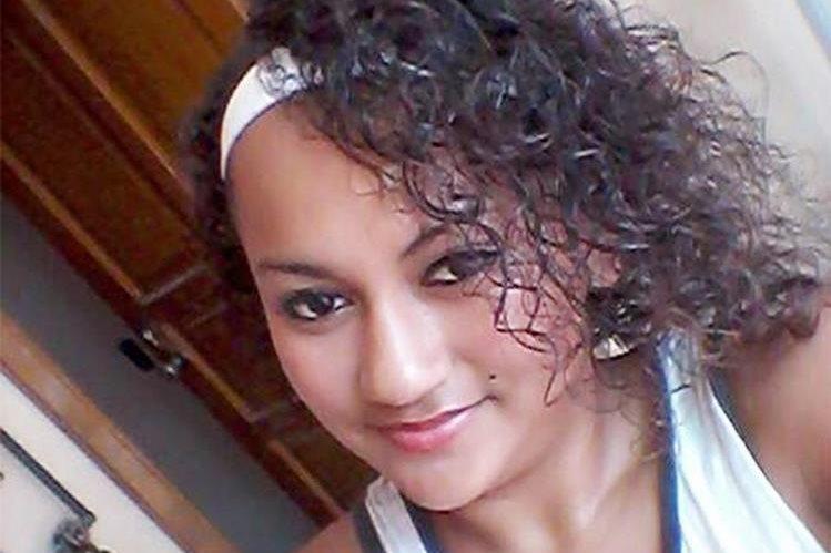 Yourleni Elizabeth Connor murió por heridas de bala en Puerto Barrios, Izabal. (Foto Prensa Libre: Edwin Perdomo)