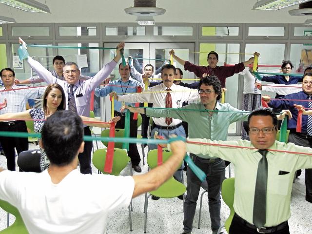 La rutina de ejercicios depende del tipo de trabajo que se hace en la empresa.(Foto Prensa Libre: Esbin García)