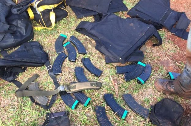 Los asaltantes llevaban bastantes municiones armas largas y chalecos antibalas. MINISTERIO DEL INTERIOR DE PARAGUAY