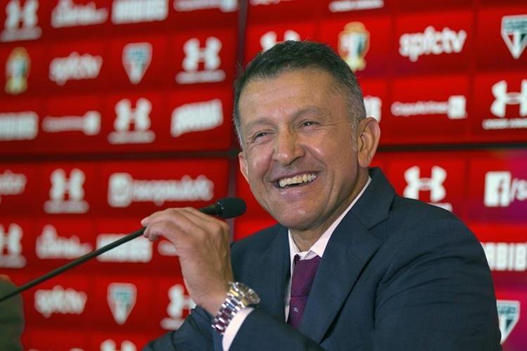 El técnico colombiano Juan Carlos Osorio dejó al Sao Pablo de Brasil para dirigir a México. (Foto Prensa Libre: EFE)