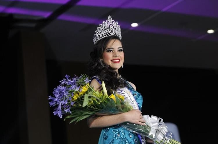 Zuleny representará al país en la competencia internacional de Miss Teen. (Foto Prensa Libre: Paulo Raquec).