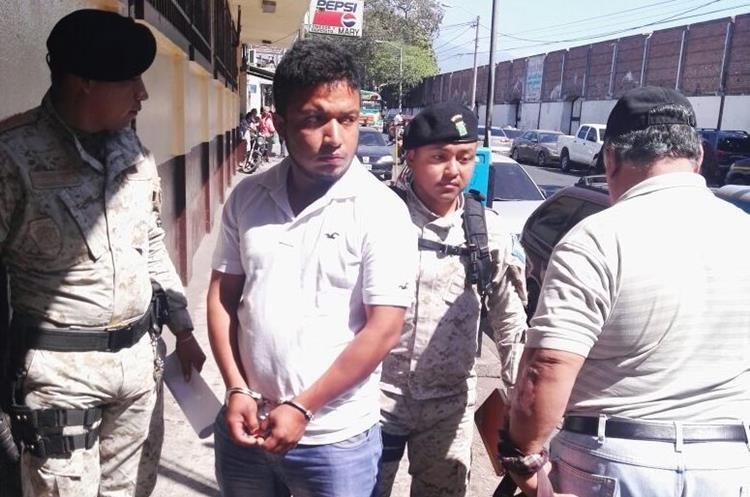 Wilson Amelio Gómez García, de 25 años, fue capturado en su vivienda en la aldea Los Pinos, Palín, Escuintla. (Foto Prensa Libre: Cortesía)