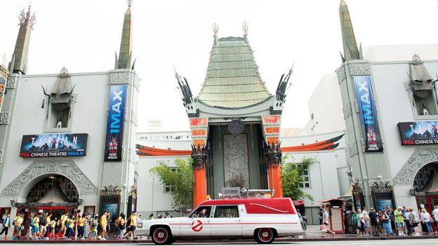 La industria del espectáculo tiene su sede en Los Ángeles.