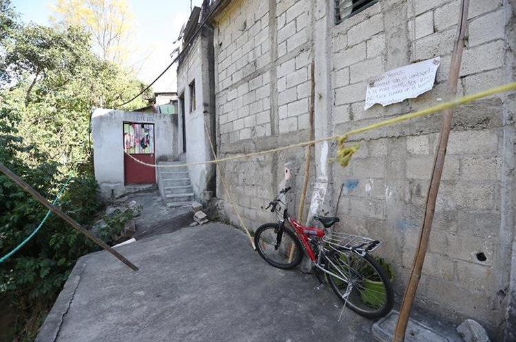 Esta es la vivienda donde Kenettson Noel vivió junto a sus padres, en la colonia Plaza de Toros en la zona 13. (Foto Prensa Libre: Érick Ávila)